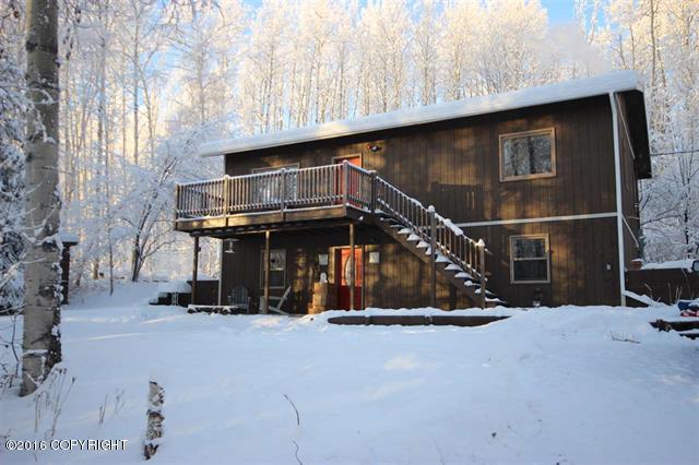 372 Rambling Rd, Fairbanks, AK 99712