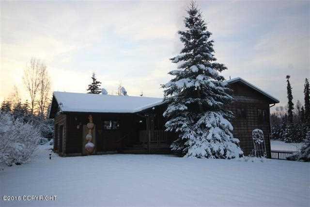819 Shasta Dr, North Pole, AK 99705