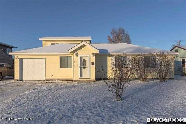 224 Slater Dr, Fairbanks, AK 99701