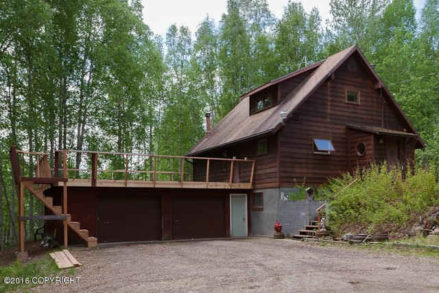 1049 Northwood Ln, Fairbanks, AK 99712