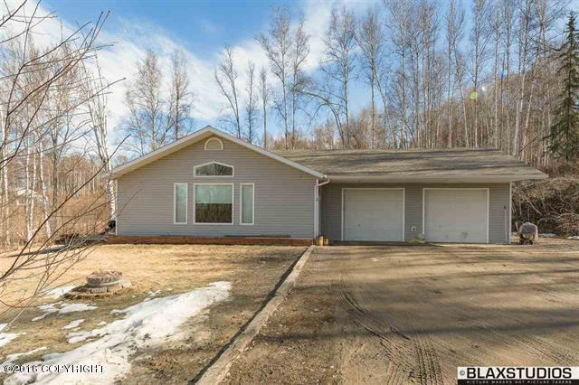 252 Peregrine Dr, Fairbanks, AK 99712