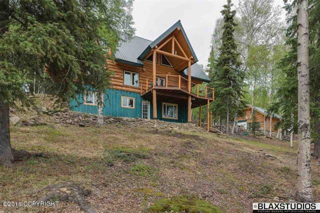 610 Leuthold Dr, Fairbanks, AK 99712