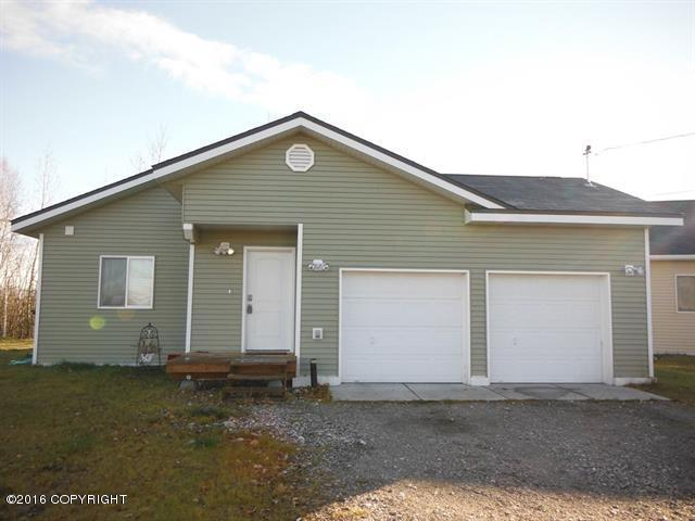 884 Marquette Loop, North Pole, AK 99705