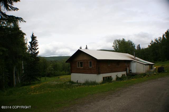 1394 Esro Rd, Fairbanks, AK 99712