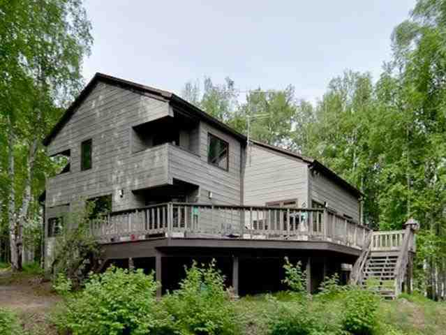 299 Eagle Ridge Rd, Fairbanks, AK 99712