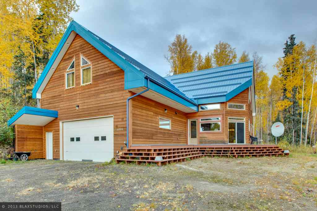 1220 Violet Dr, Fairbanks, AK 99712