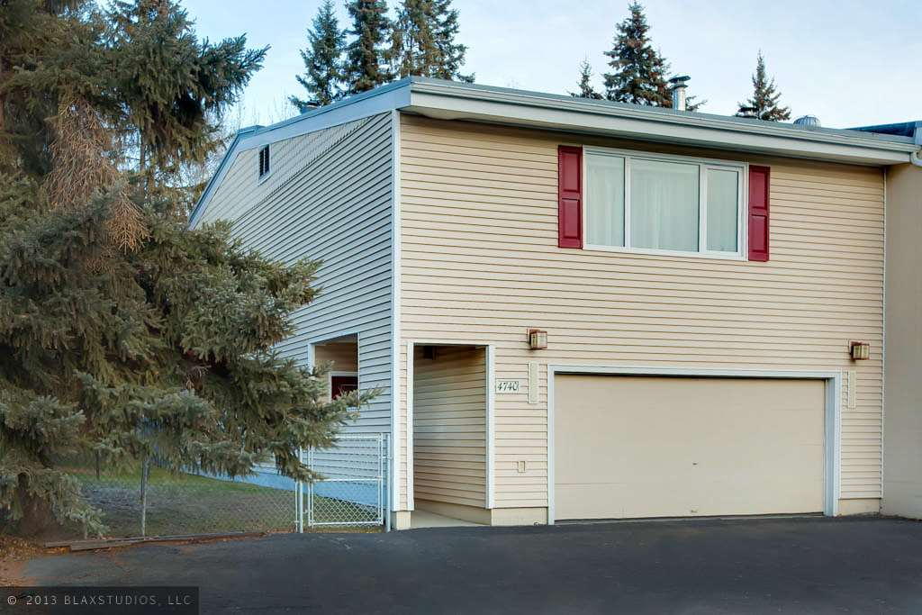 4740 Glasgow Dr, Fairbanks, AK 99709