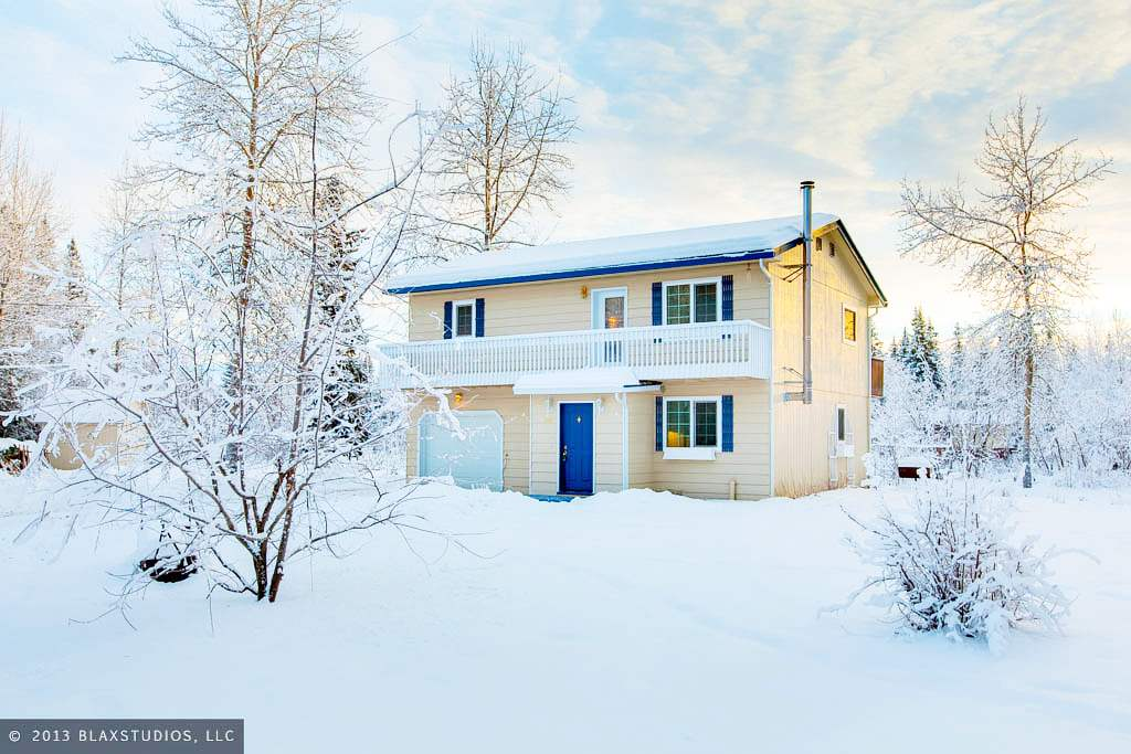 3387 White Spruce St, North Pole, AK 99705