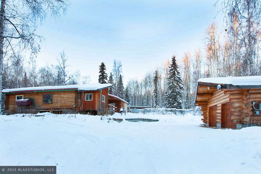 237 Dome Rd, Fairbanks, AK 99709