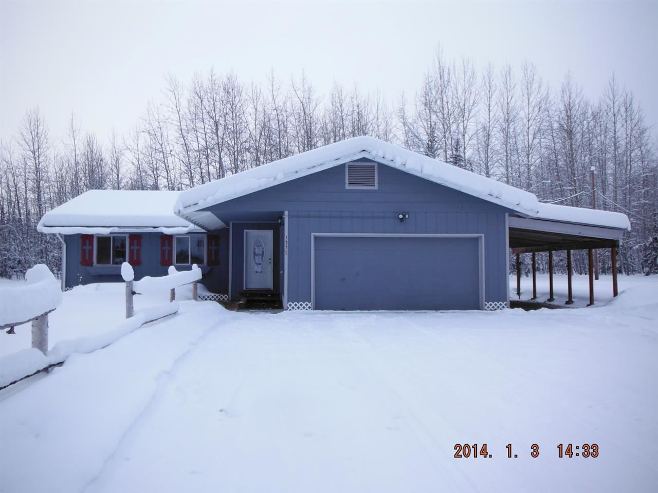 1371 Woll Rd, North Pole, AK 99705