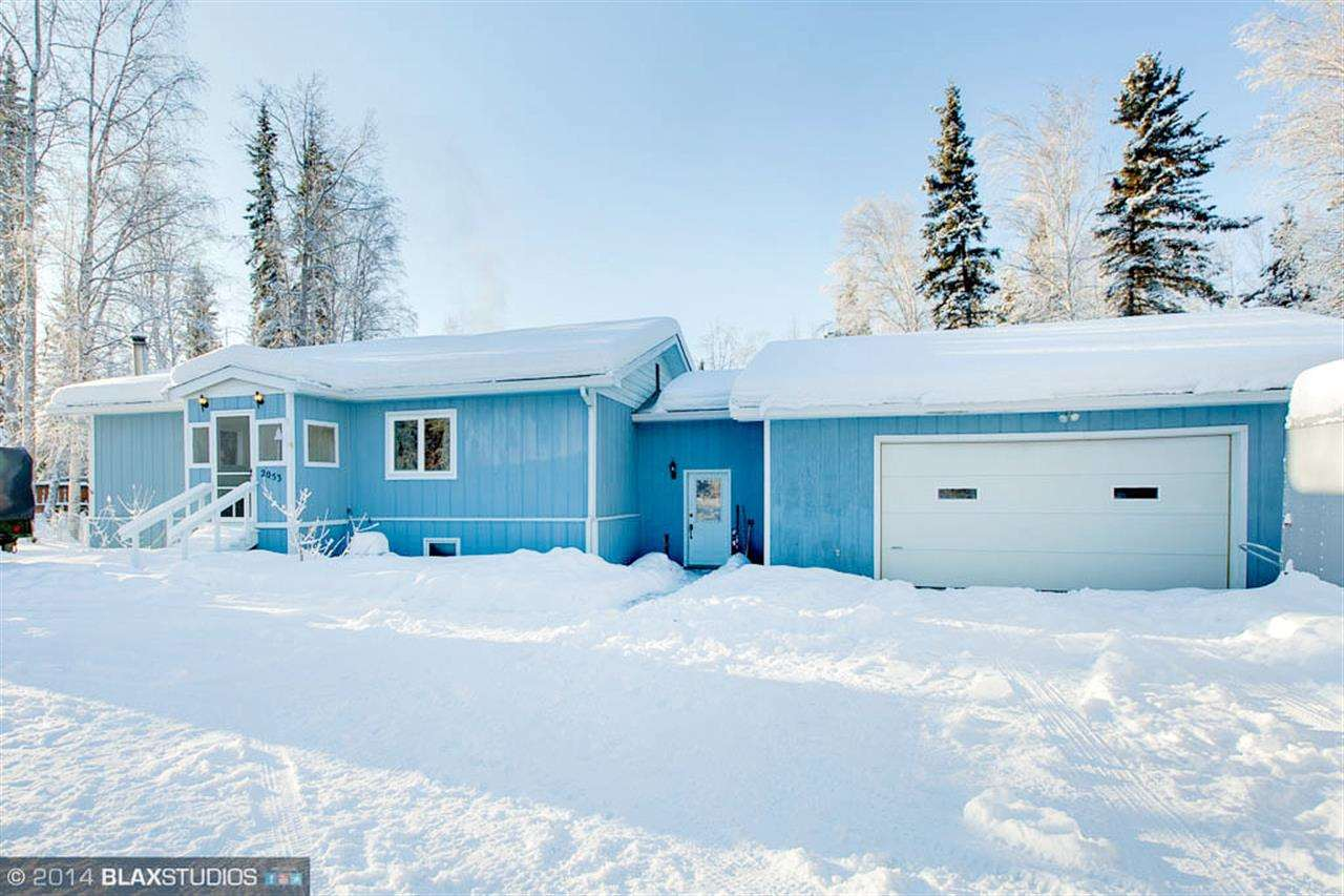 2053 Blackstone Rd, North Pole, AK 99705