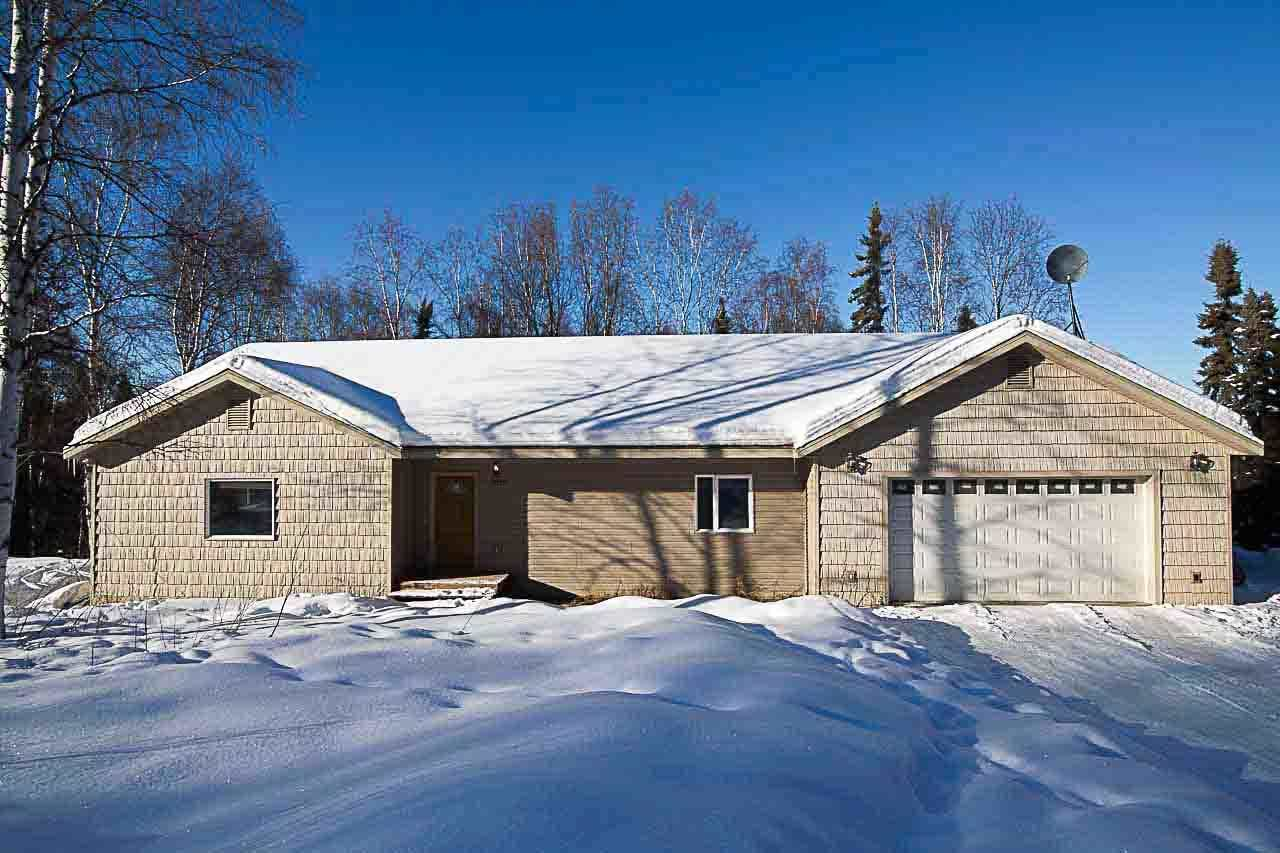 150 Rhubarb Dr, Fairbanks, AK 99712