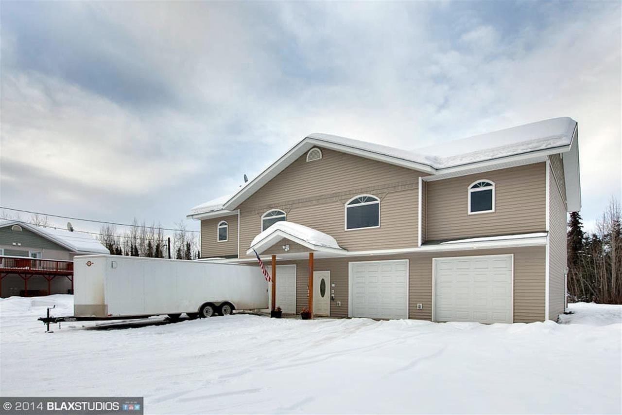 903 Stol Dr, North Pole, AK 99705