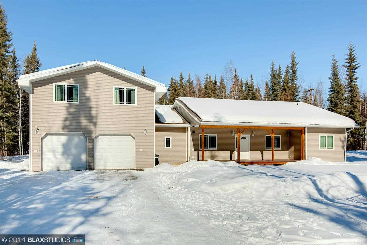 2140 Waxwing Ct, North Pole, AK 99705