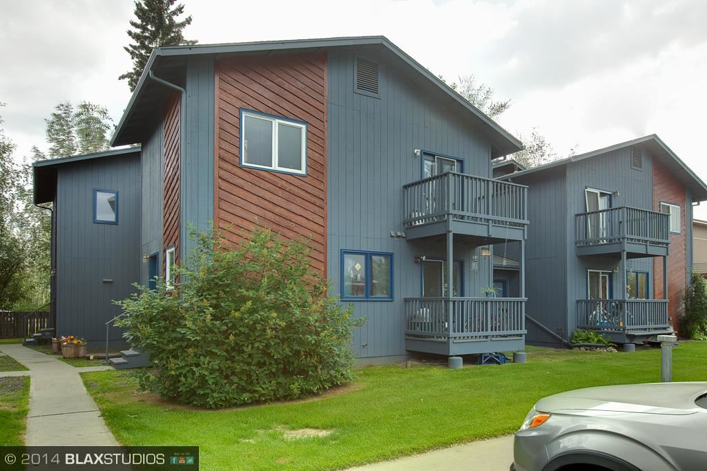 1018 Dogwood St, Fairbanks, AK 99709
