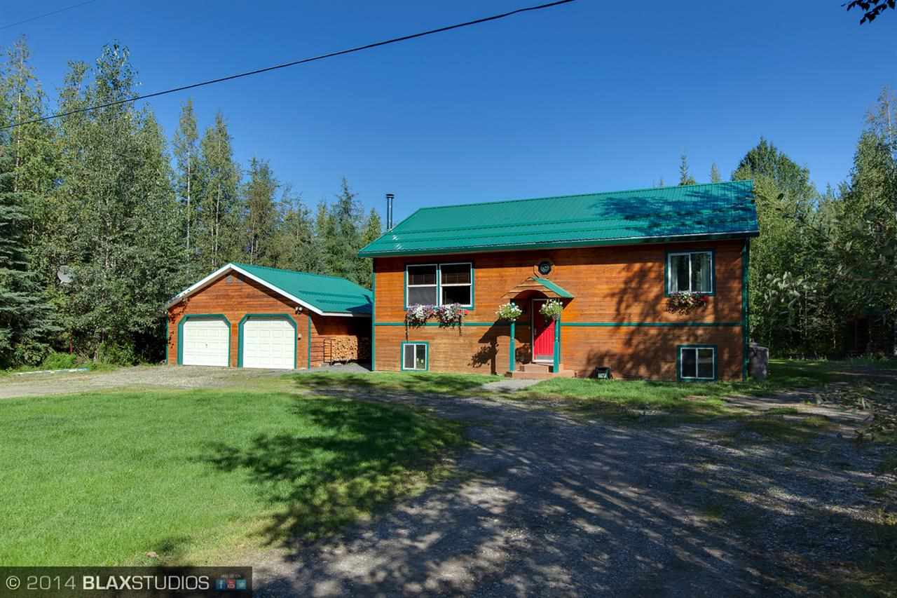 2626 Miller Ln, North Pole, AK 99705