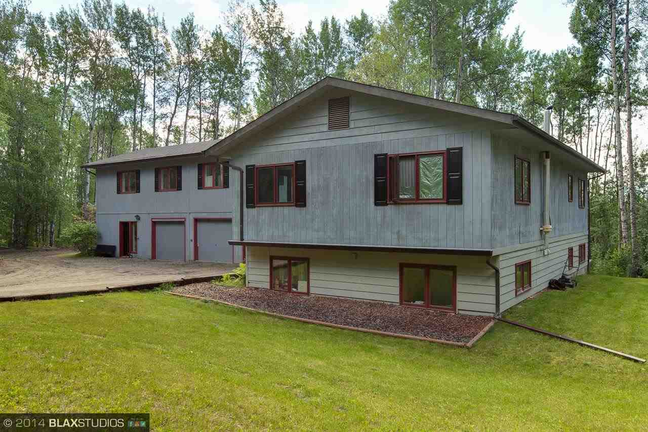 167 Sunny Hills Dr, Fairbanks, AK 99712