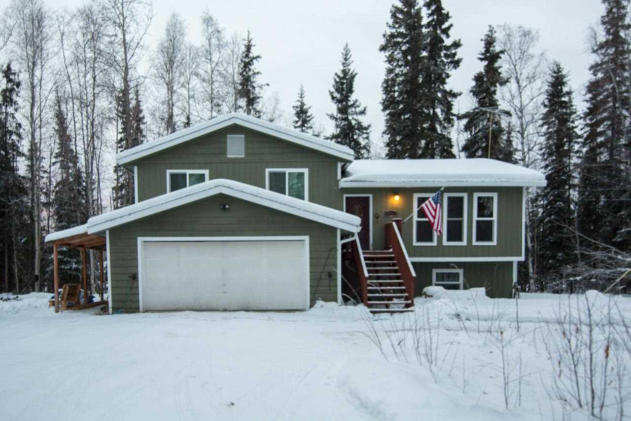 2625 Cameliard Ct, North Pole, AK 99705