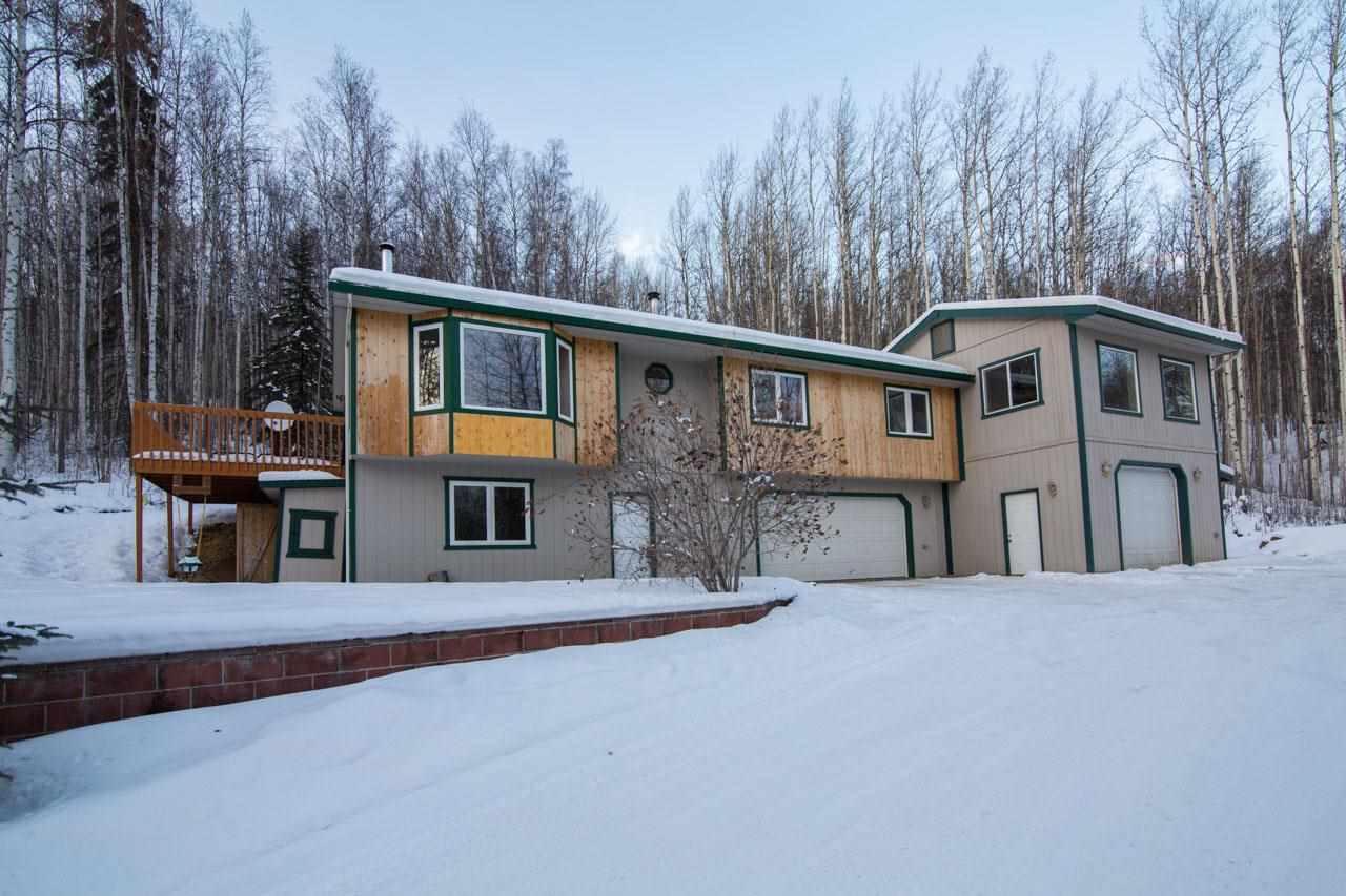 340 Snowy Owl Ln, Fairbanks, AK 99712