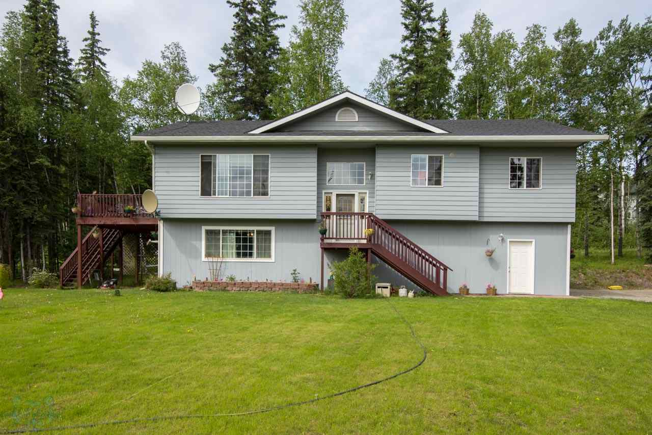 1030 Pickering Dr, Fairbanks, AK 99709