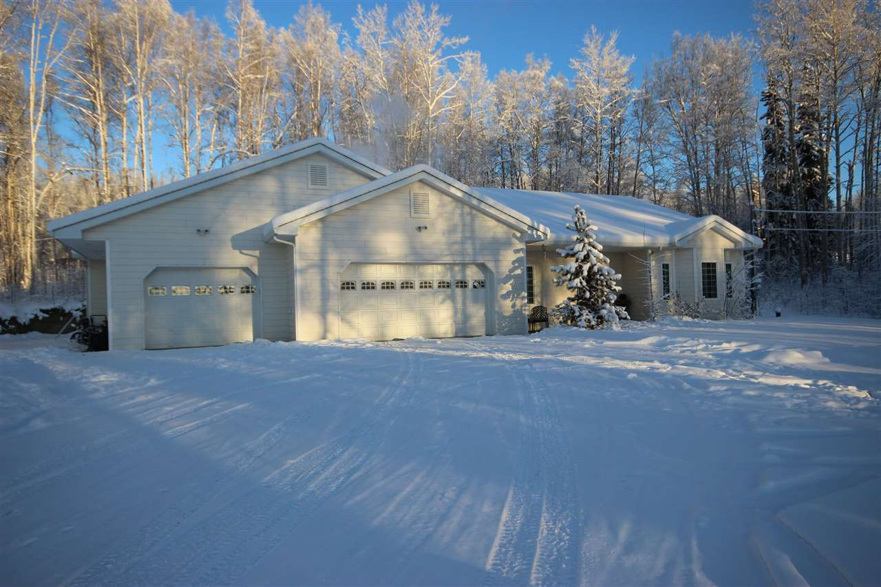 280 Brighton Dr, Fairbanks, AK 99712