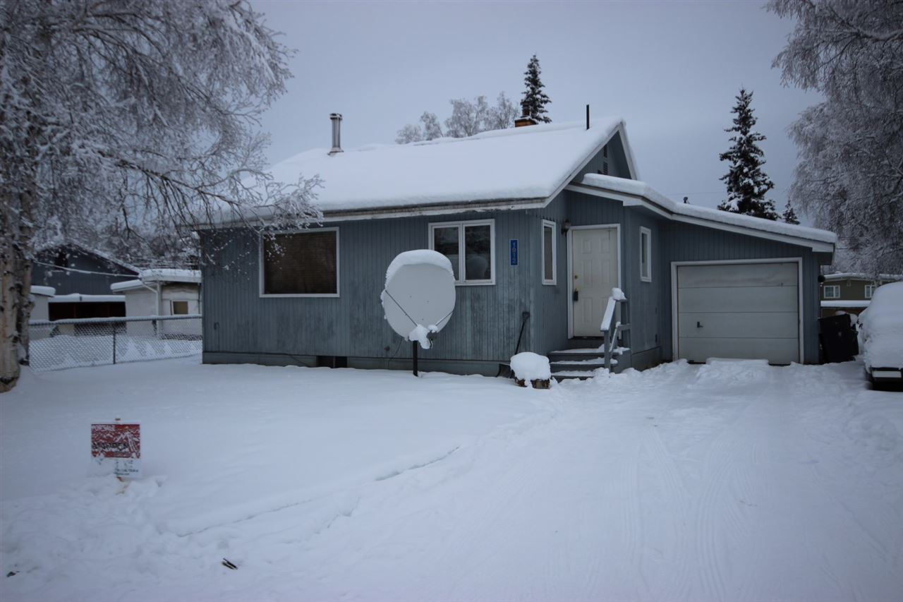 1912 Carr Ave, Fairbanks, AK 99709