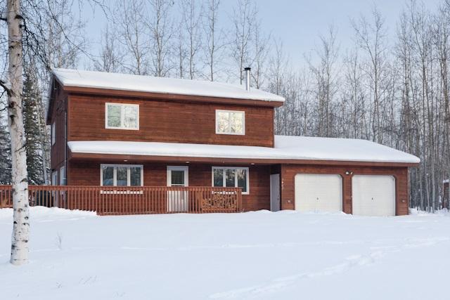 3482 Durham Cir, North Pole, AK 99705