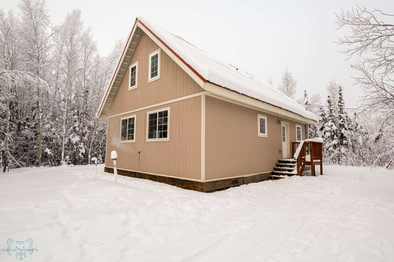 1965 Marlette Ct, North Pole, AK 99705