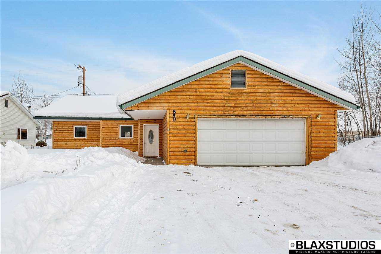 Photo of 850 Shellinger Street  North Pole  AK