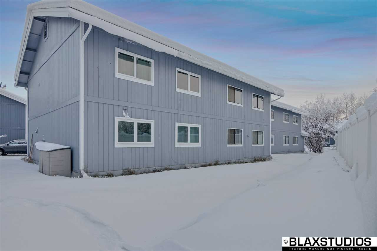 193 Palace Circle, Fairbanks, AK 99701