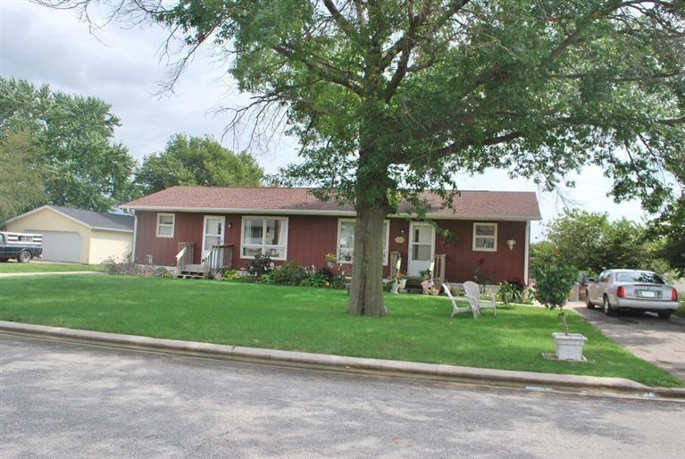 Real Estate for Sale, ListingId: 29802382, Lowden,IA52255