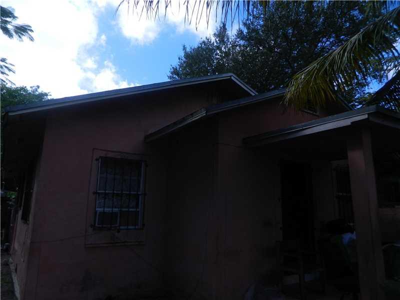 138 Nw 45th St, Miami, FL 33127