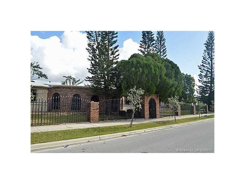 1493 NW 1st Ave, Florida City, FL 33034