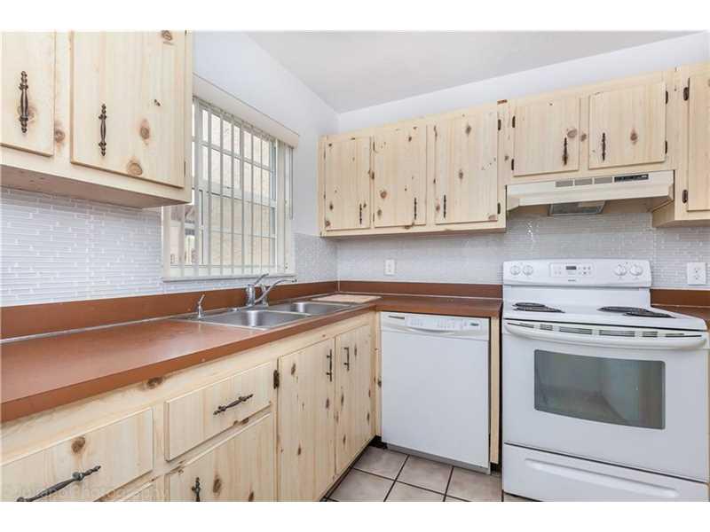Real Estate for Sale, ListingId: 36623028, Pembroke Park,FL33023