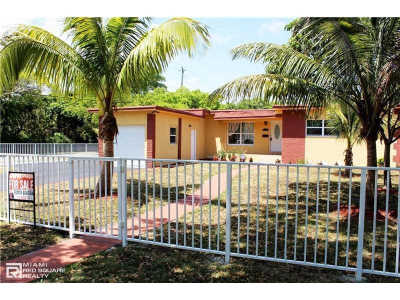 905 Ne 138th St, North Miami, FL 33161