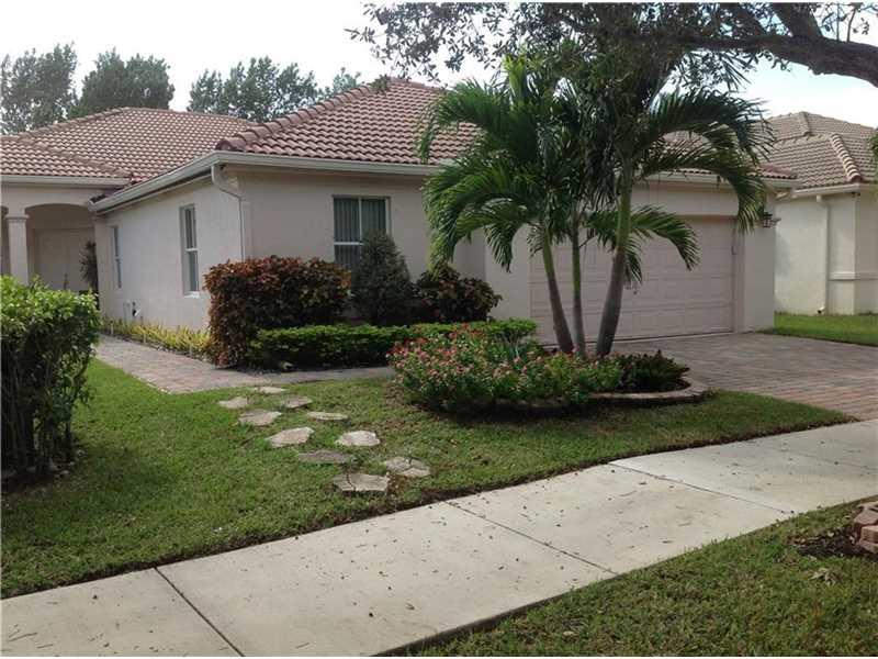 1541 Elm Grove Rd, Fort Lauderdale, FL 33327