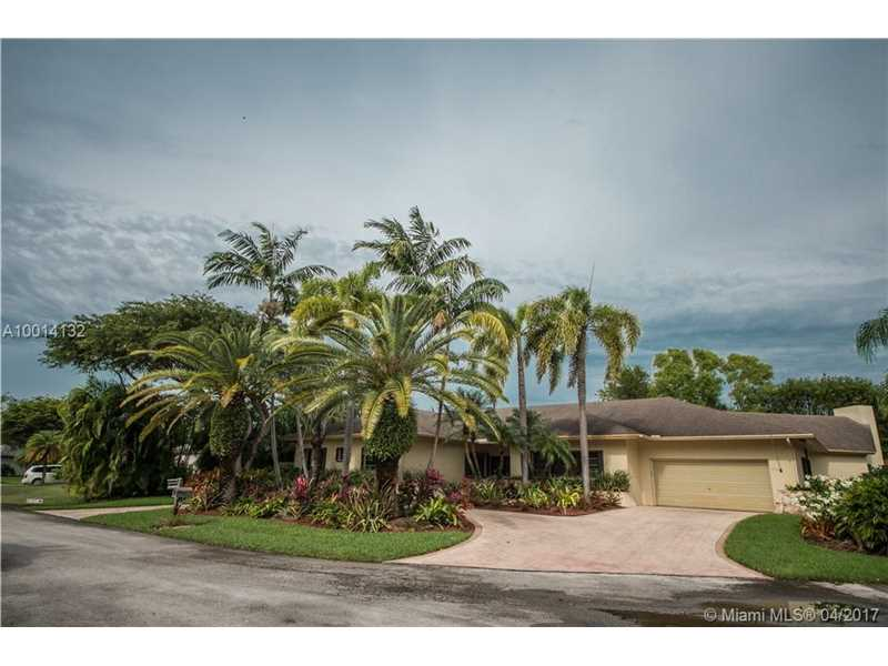 8591 Sw 140th Ter, Village Of Palmetto Bay, FL 33158