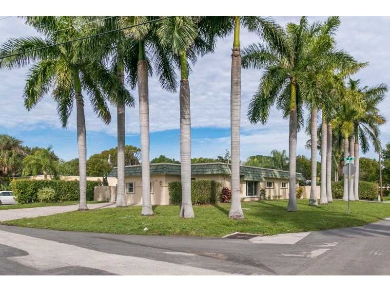 2275 Ne 9th St, Pompano Beach, FL 33062
