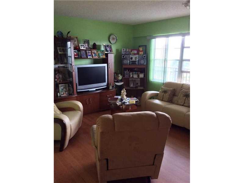 Real Estate for Sale, ListingId: 36945617, Pembroke Pines,FL33027