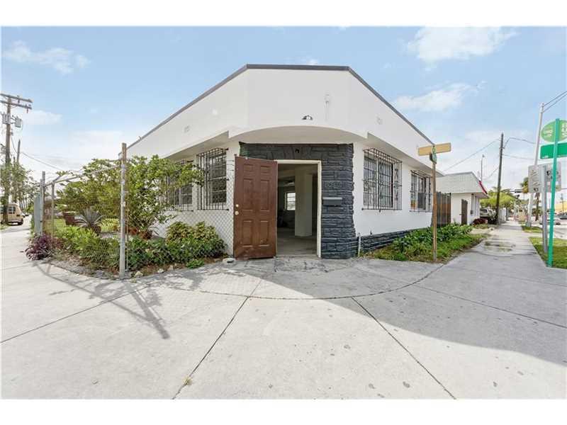 660 Nw 71st St, Miami, FL 33150