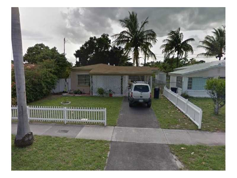 17470 Ne 19th Ave, North Miami Beach, FL 33162