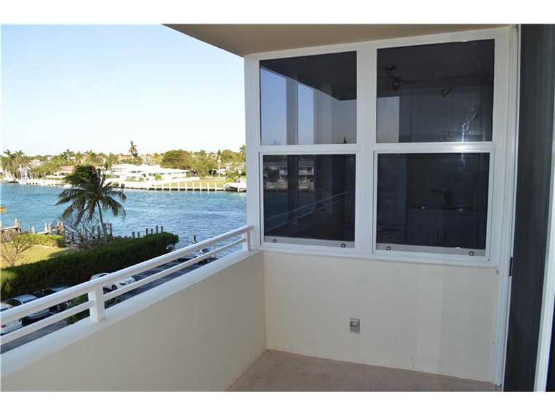 2639 N Riverside Dr # 405, Pompano Beach, FL 33062