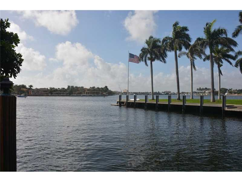 725 Isle Of Palms Dr, Fort Lauderdale, FL 33301