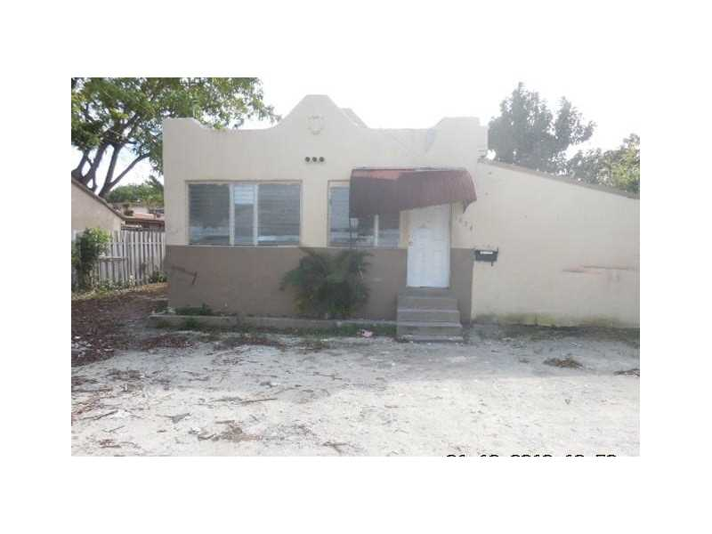 1824 Nw 3rd St, Miami, FL 33125