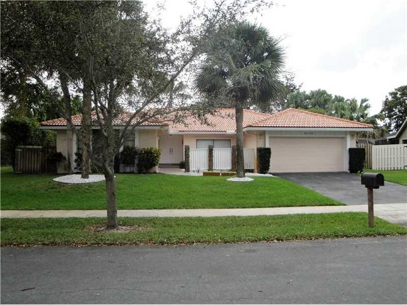 9630 Nw 13th St, Fort Lauderdale, FL 33322