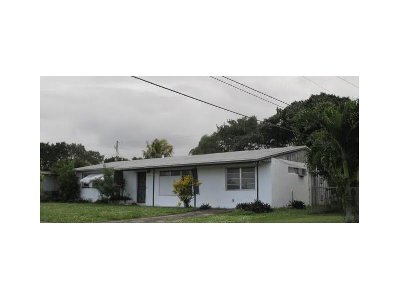 4340 NW 182nd St, Miami Gardens, FL 33055