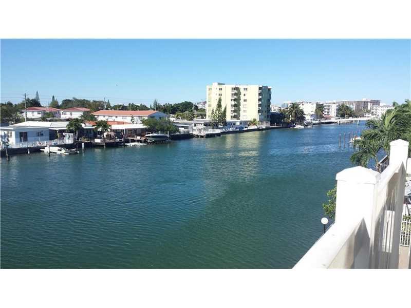 7900 Tatum Waterway Dr # 303, Miami Beach, FL 33141