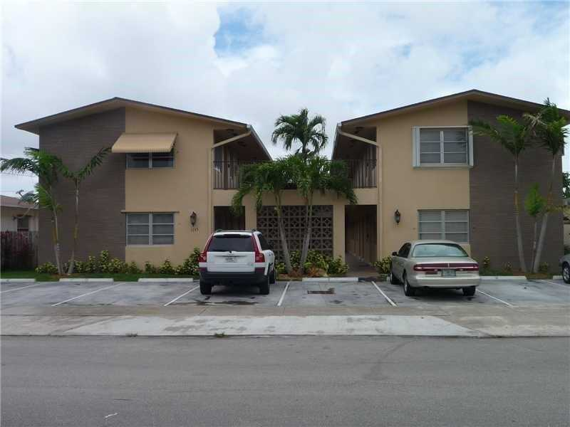 1733 Mayo St # 15, Hollywood, FL 33020