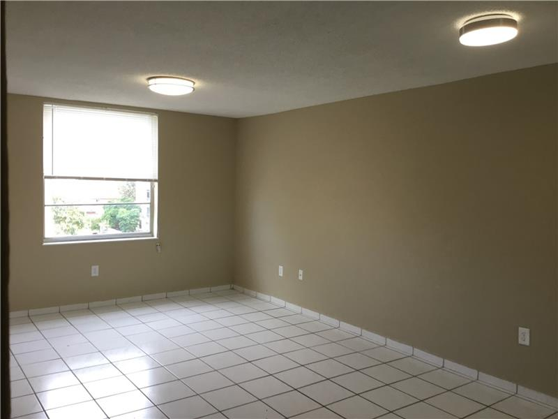 Rental Homes for Rent, ListingId:37295959, location: 5705 West 20th Ave Hialeah 33012