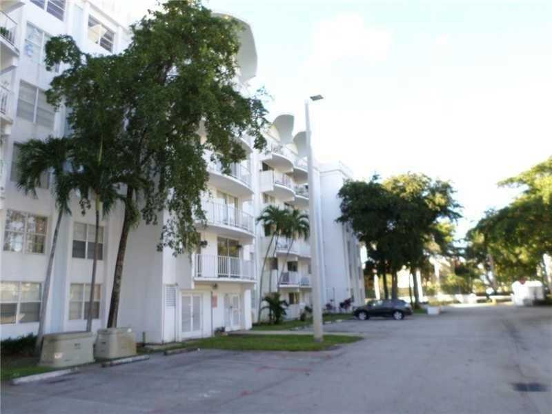 Rental Homes for Rent, ListingId:37274795, location: 488 Northwest 165th Street Rd Miami 33169